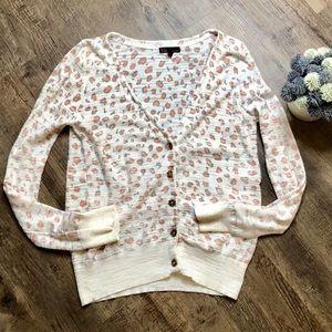 t/o sweaters light weight Cheetah print cardigan
